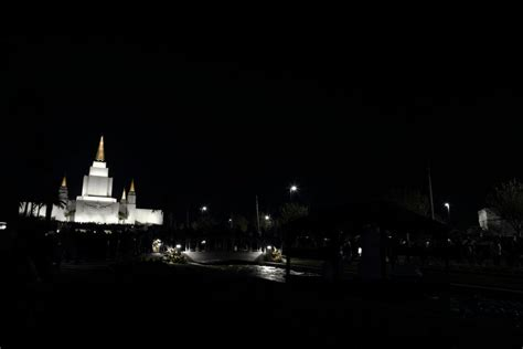 oakland temple christmas lights imgflip