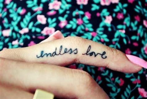 tattoo finger fonts tattoo finger love cursive text tattoooo pinterest