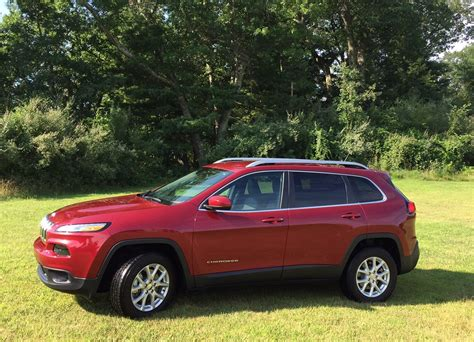 jeep crossover 2015 post review 2015 jeep latitude offers