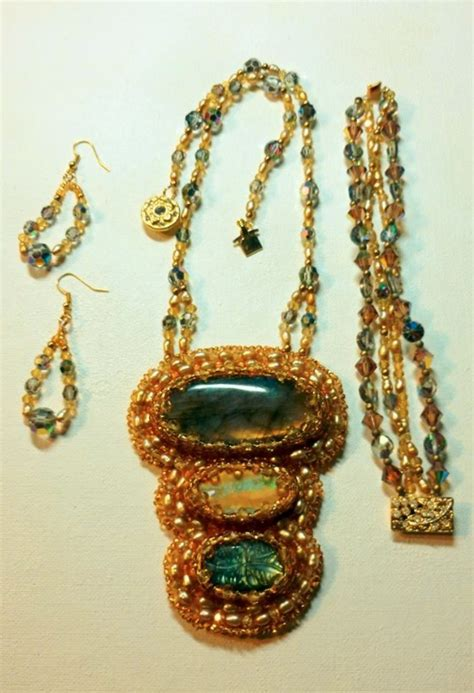 Floy Set Silver realistic a showcase for painters and jewelry designersartist of the month jewelry by