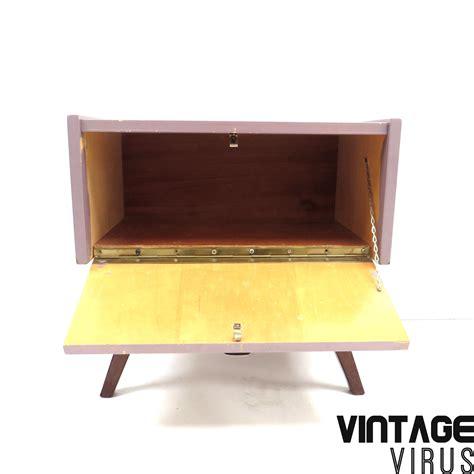 Dress Klep vintage paars dressoirkastje nachtkastje met klep
