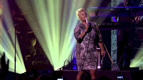 on live at itunes festival 2012 emeli sand 233 read all about it part iii live at itunes