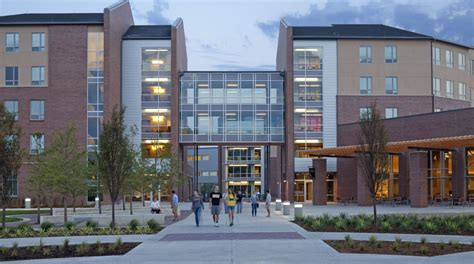 Arlington Apartments Greeley Co Student Housing Architecture Christopher Carvell Architects