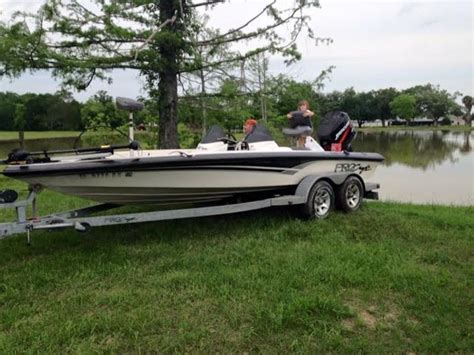 bass boats for sale by owner in texas 2004 procraft pro 205 powerboat for sale in texas
