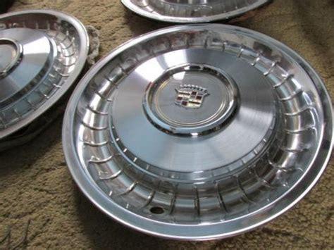 1960 cadillac fleetwood hubcaps 1960 cadillac hubcaps parts accessories ebay