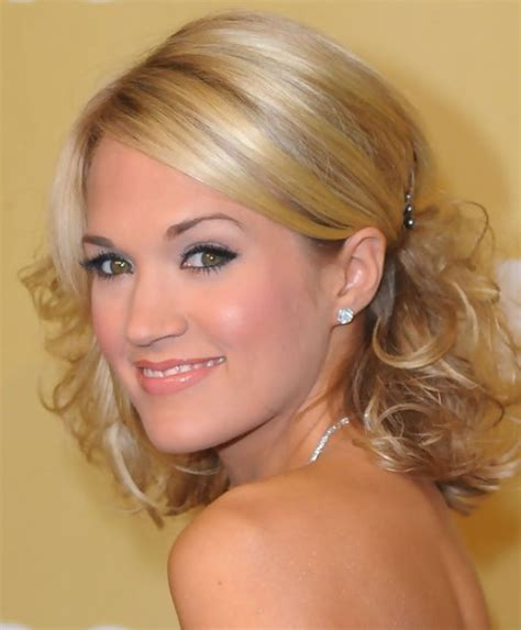 Pinned Up Hairstyles For Medium Length Hair by 36 Carrie Underwood Hairstyles Carrie Underwood Hair