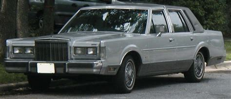 old car owners manuals 1985 lincoln town car engine control file 1985 lincoln town car jpg wikimedia commons
