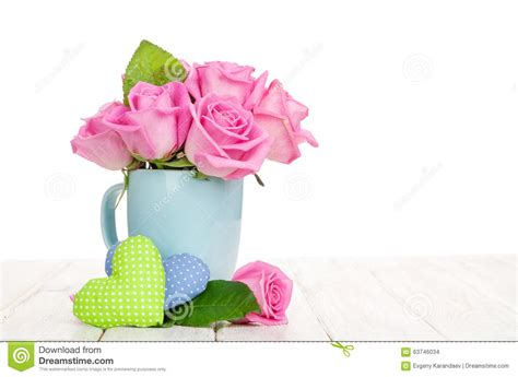 Skinnova Whitening Complete Day Pink valentines day pink roses bouquet and handmaded hearts stock photo image 63746034