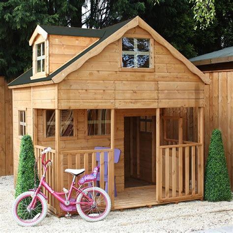building la maison what a teenage girl wants la maisonnette en bois qui aide vos enfants jouer plus