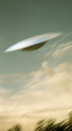 helicopter in dramatic near miss with 'sinister' ufo 1