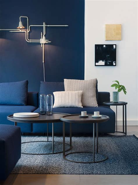 Blue Living Room Chairs Design Ideas 4 Ways To Use Navy Home Decor To Create A Modern Blue Living Room Navy Blue Color Blue Colors