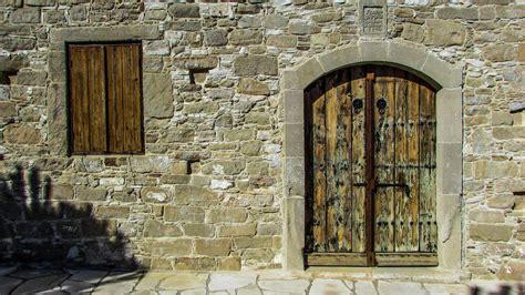 ancient windows and doors door history