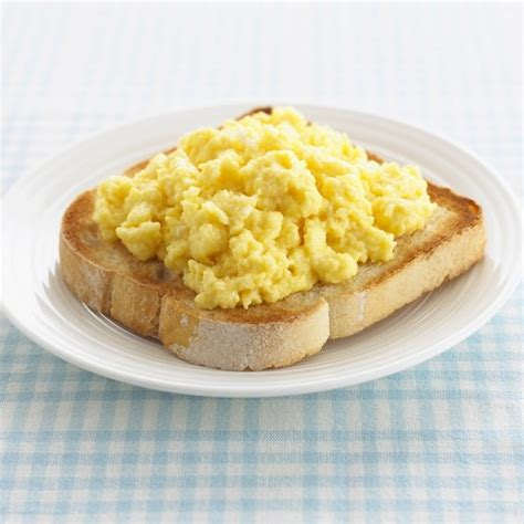 anthony bourdain scrambled eggs anthony bourdain s scrambled eggs a new milk free method