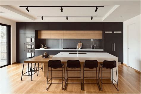 negro madera  blanco blanco roto kitchens en