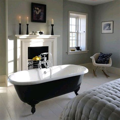 bath in bedroom the cast iron bath company so moi