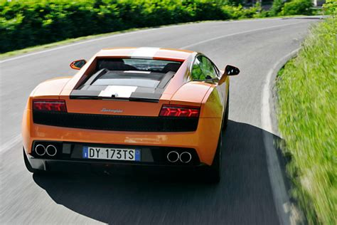 Was Kostet Ein Lamborghini Gallardo by Vergleich Lamborghini Porsche Bilder Autobild De