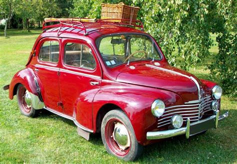 Location Renault 4 CV 1950 ROUGE 1950 ROUGE MENETOU SALON