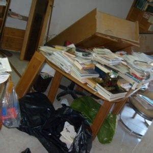 libreria vercelli vercelli la libreria crolla addosso a una bambina si