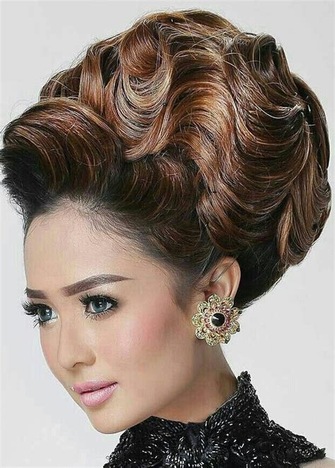 Wedding Hair Big Updos by 25 Best Ideas About Big Updo On Wedding Updo