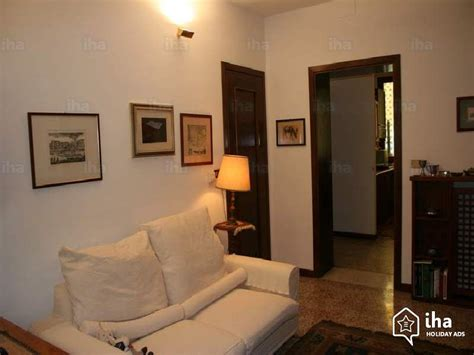 appartments in venice flat apartments for rent in a house in venice iha 66423