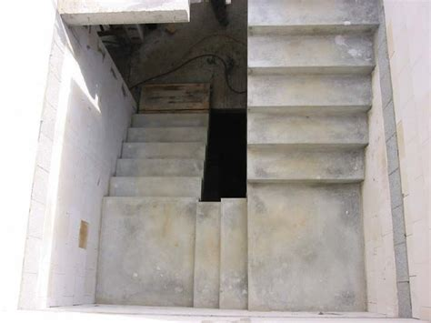 Podesttreppe Mit Wand by Stuwe Betontreppe Treppen Rohbau