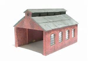 hattons co uk hornby r9222 engine shed