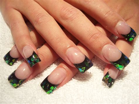 Nägel Rot Lackieren Tipps by Dark Green And Black Acrylic Nail Nails Art Mania Dark