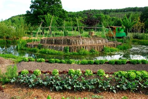 la permaculture selon charles herv 233 gruyer de la ferme du