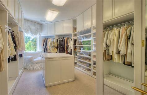 Interieur: DIY walk in closet eiland   Trendhunters.nl