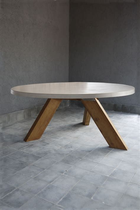 Round Outdoor Concrete Table w/ Reclaimed Teak V Style Base