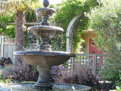 style  backyard  fountains sassy dove