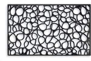 modern door mat loopy rubber doormat contemporary door mats by chiasso