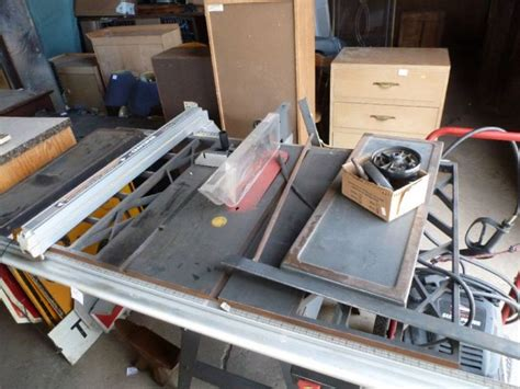 Belt Drive Table Saw by Craftsman Contractor Series 10 Belt Drive Table Saw 3hp