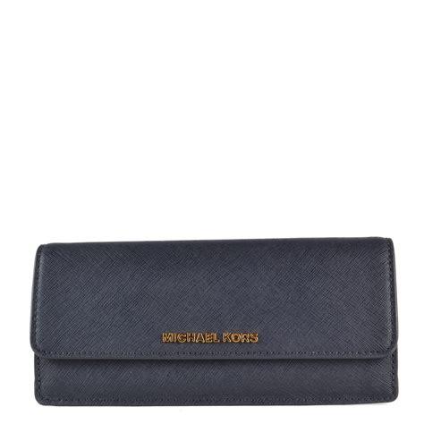 Michael Kors Travel Wallet Navy michael michael kors jet set travel admiral navy flat wallet