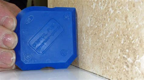 How To Apply Sealant In Shower by How To Seal A Shower Tray Detailed Guide With Images