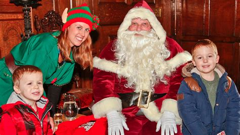 santa claus is coming to town calendar itv news