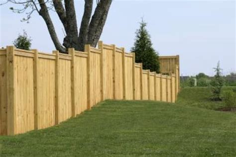 paint color ideas for a wood fence with pictures ehow