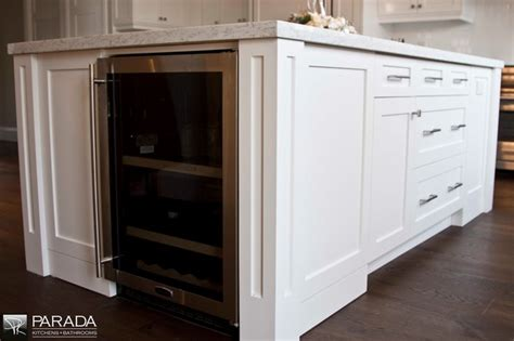 houzz painted kitchen cabinets kitchen cabinets painted shaker style traditional