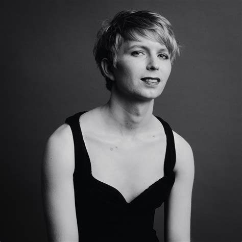 chelsea menang the long lonely road of chelsea manning the new york times