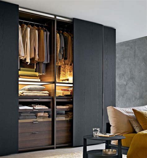 choose  optimal closet solution   home