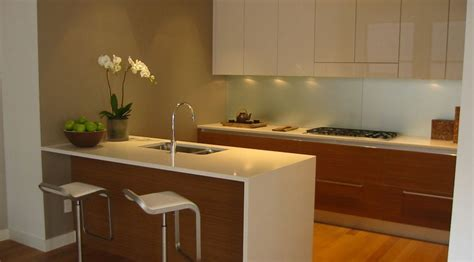 Corian Vs Quartz Countertops by Solid Surface Vs Quartz Countertop