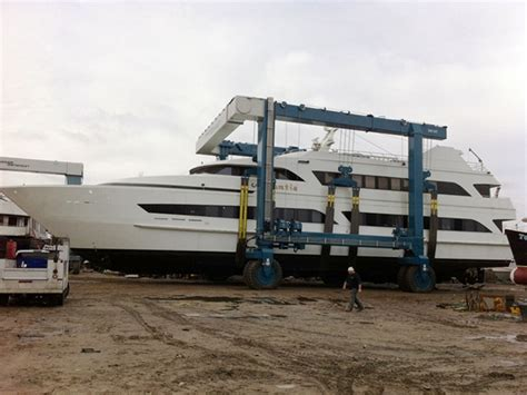 used electric boat lifts for sale mobile boat lift for sale from ellsen best travel lift