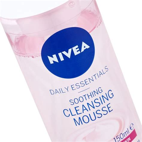 Tesco Detox Products by Nivea Soothing Cleansing Mousse Sensitive Skin 150ml