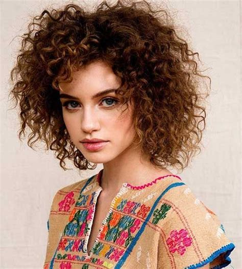 Wedding Hairstyles For Tight Curly Hair by 17 Best Ideas About Tight Curly Hairstyles On