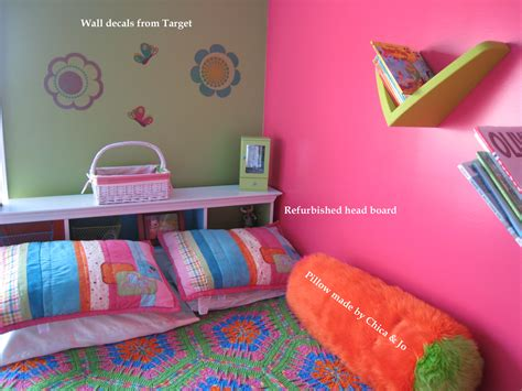 bright little girls room interior white twin bedroom colorful beds top colorful guest bedroom with twin beds