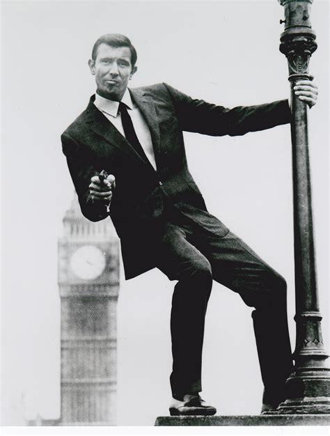 george cornici george lazenby bond ii on majesty s secret service