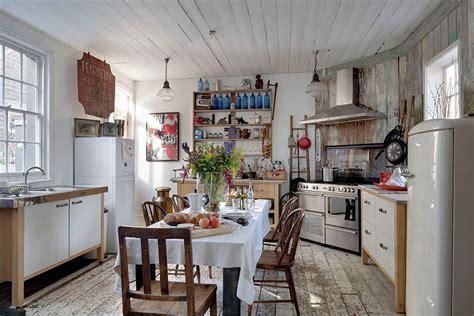 Distressed Dining Room Furniture by Kuchnia W Stylu Shabby Chic Kuchnia W Stylu Kuchenny