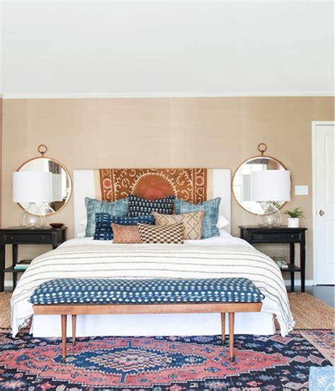 how to create a bohemian bedroom 17 best ideas about pillow arrangement on pinterest bed pillow arrangement bed