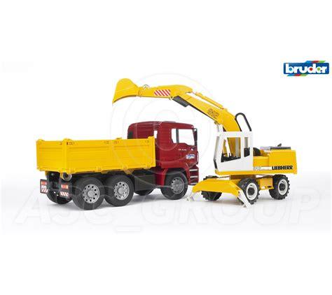 bruder toys logo bruder toys 02751 pro tga construction truck with
