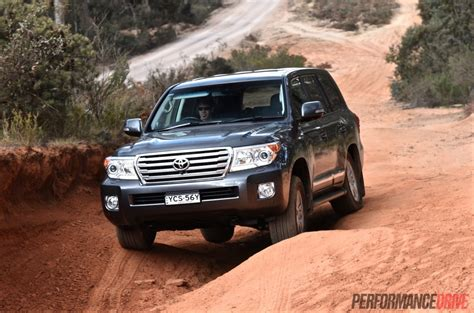 land cruiser road 2015 toyota landcruiser diesel review